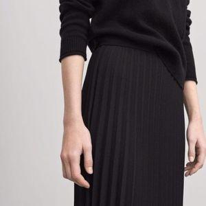 ASOS // Black Maxi Pleated Skirt